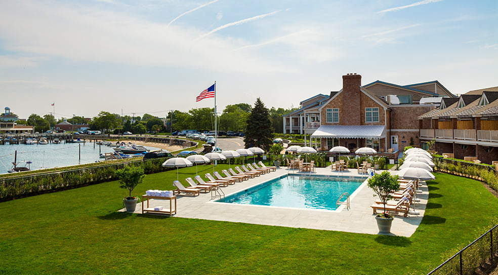 Barons Cove Hotel Sag Harbor Pool and Yard