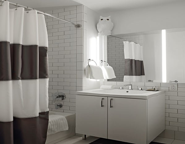 Q&A Residential Hotel Bathroom