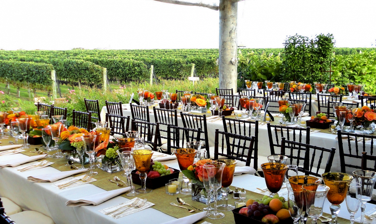 Dining Wolffer Estate Vineyard Tastings Glamour Mag Wedding
