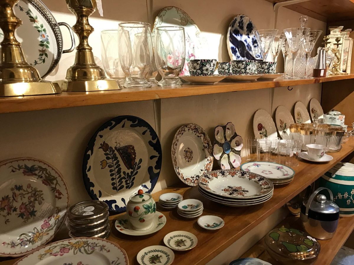 Ladies Pippin Vintage Jewelry Home Decor Dishes