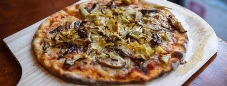 Dining 3 Vegan Restaurants Blossom Marble Bottomed Pizza