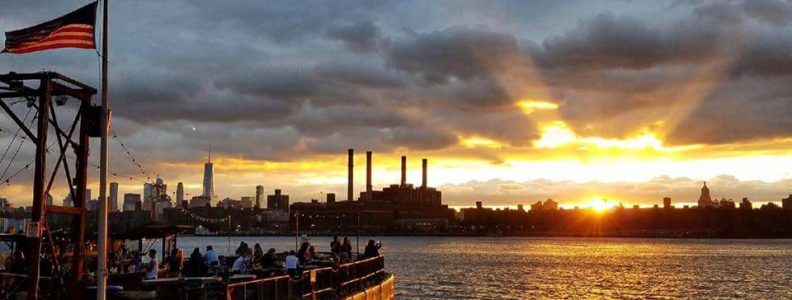Nightlife Bars The Brooklyn Barge Sunset Manhattan