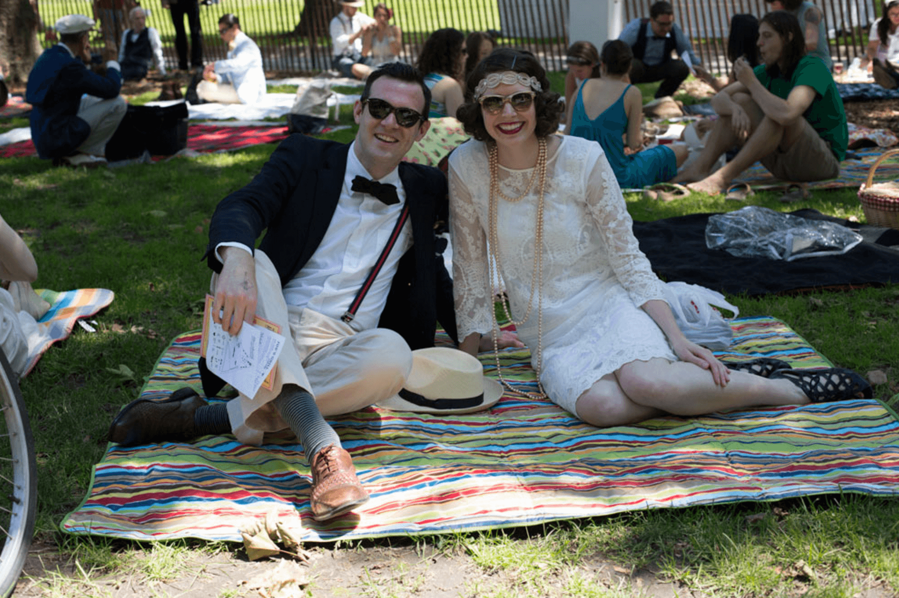 Experiencing the 1920s 1930s at nyc 39 s jazz age lawn for Activities for couples in nyc