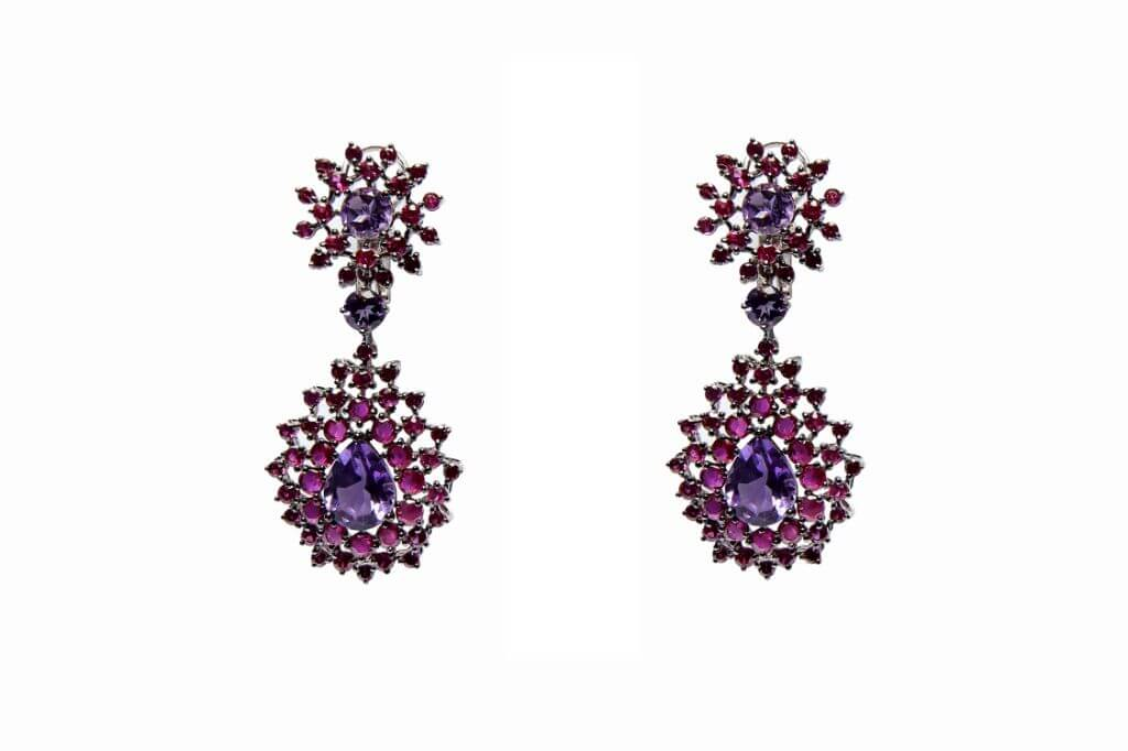 Our Experts Recaps Julls 2016 Jewelry Grifith Dots Flower Earring