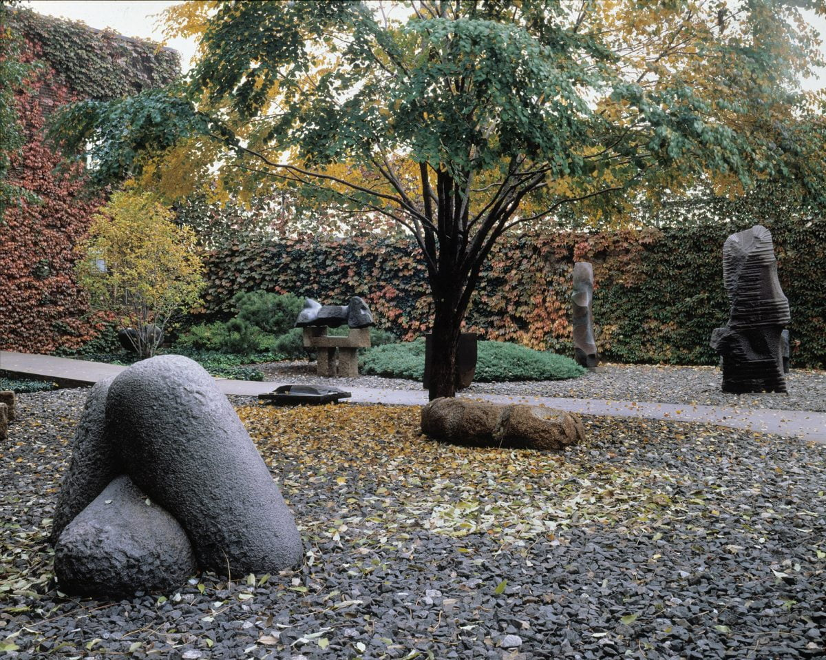 Curiosities- Our Bucket Lists 7 Best Places For Art Lovers LIC Noguchi Museum Garden