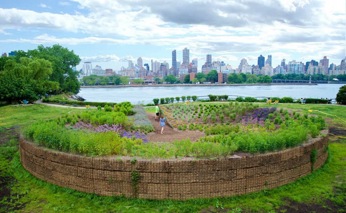Curiosities Our Bucket Lists 7 Best Places For Art Lovers LIC Socrates Sculpture Park Garden
