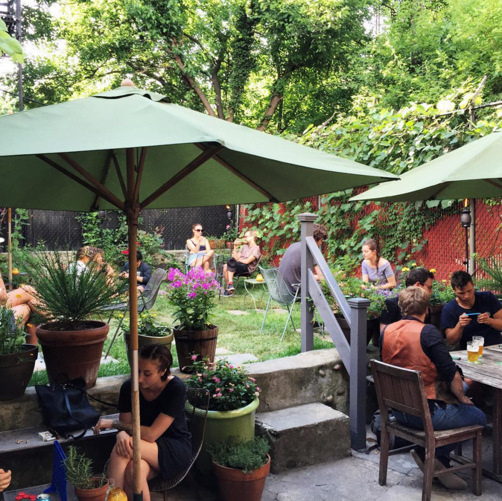 Curiosities Top Picks 10 Place to Eat Crown Heights Covenhoven Backyard