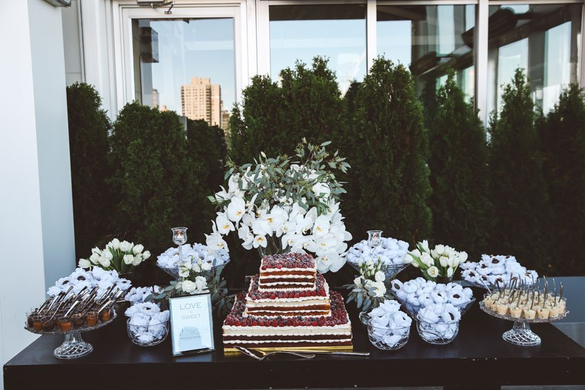 Shop NYC Wedding Fernanda Camoes Press Lounge Cake Sweets