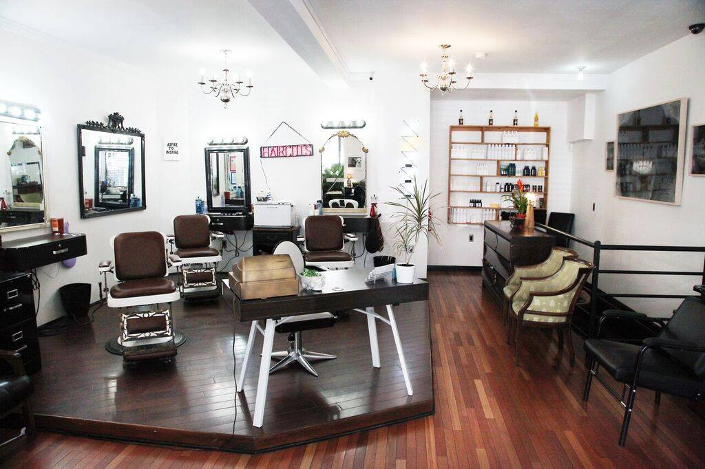 Curiosities Insider Interviews Ido Simyoni Hairrari Hair Salon