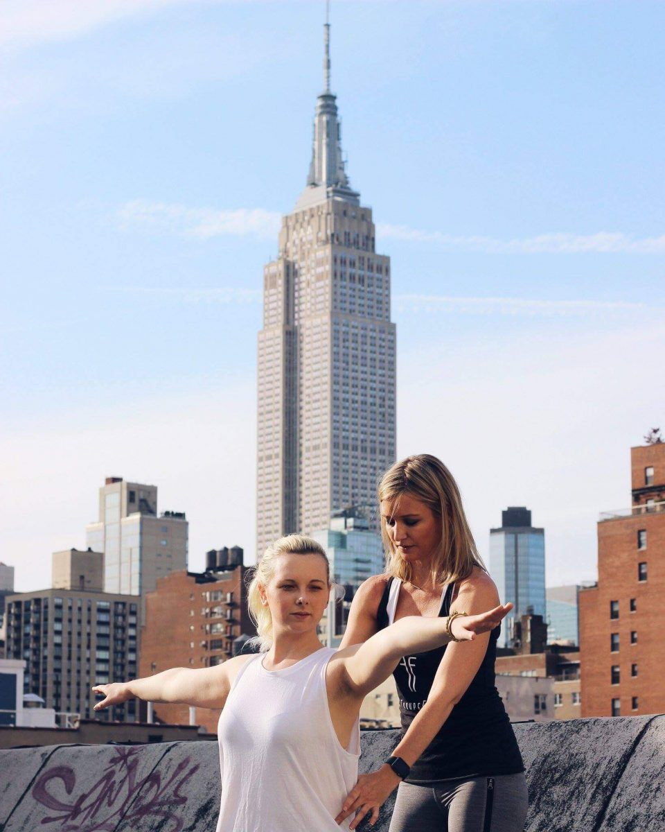Curiosities Insider Interviews Raquel Paiva Troupe Fit Empire State Building