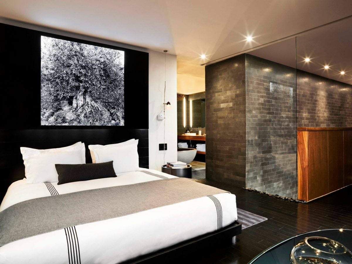 Curiosities Insider Interviews Van Le Sixty Hotel LES Bed