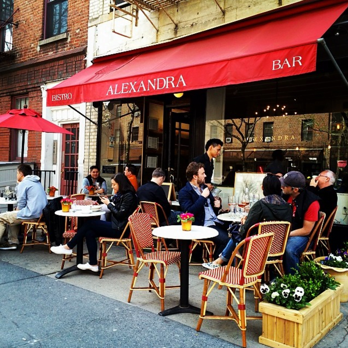 Dining Alexandra Restaurant West Village Outdoor