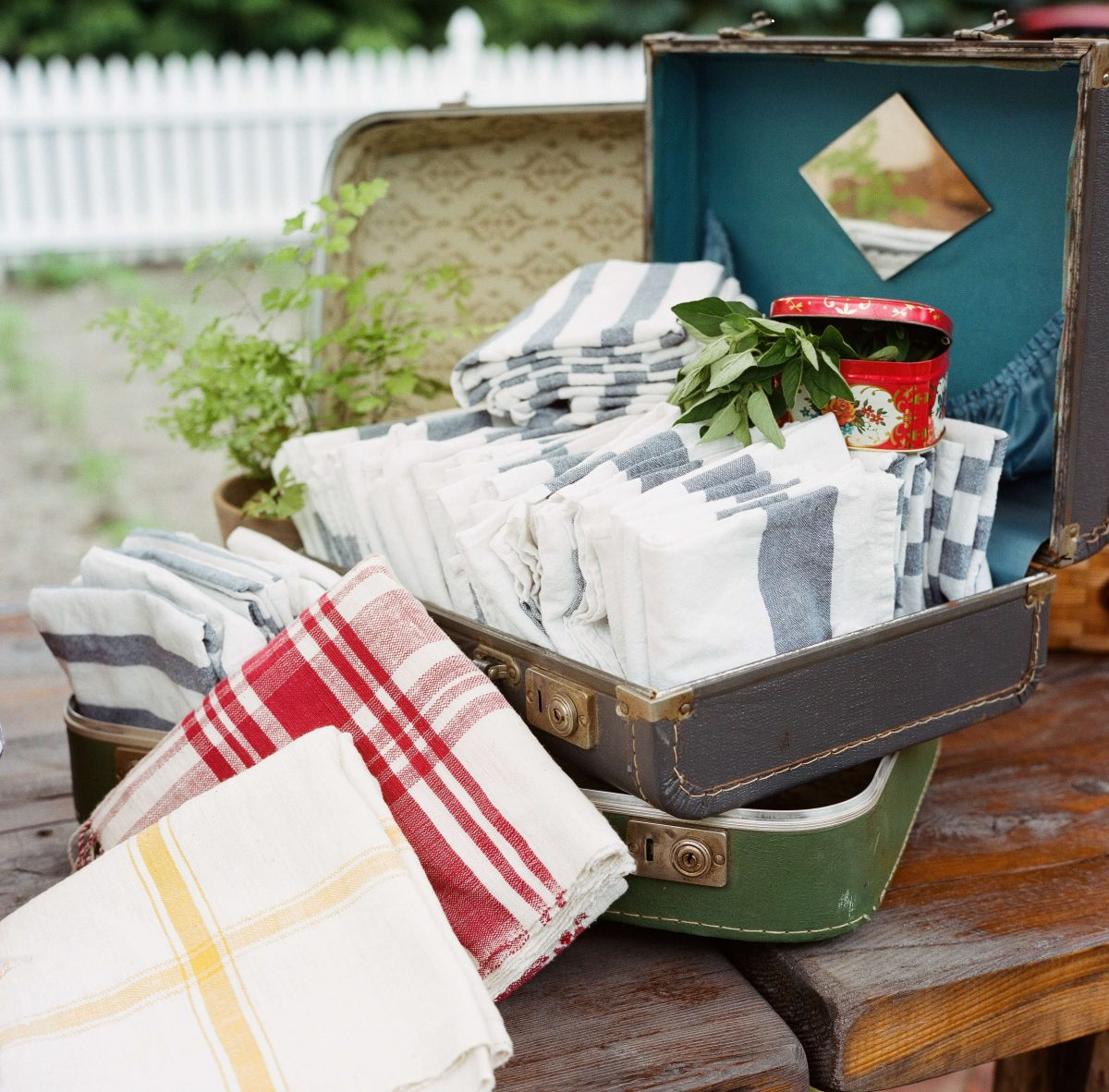 Shop Upstate NY Wedding Stephanie Karvellas Picnic Details