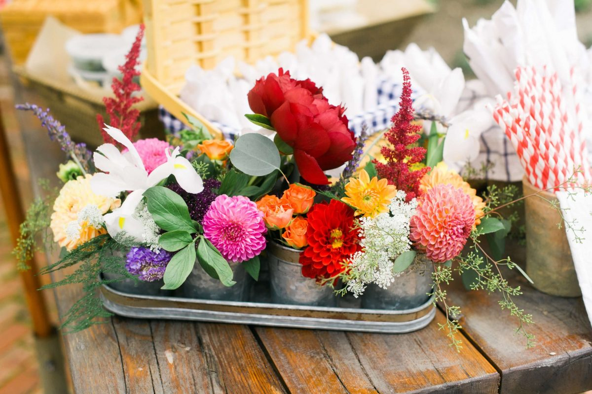 Shop Upstate NY Wedding Stephanie Karvellas Picnic Flowers