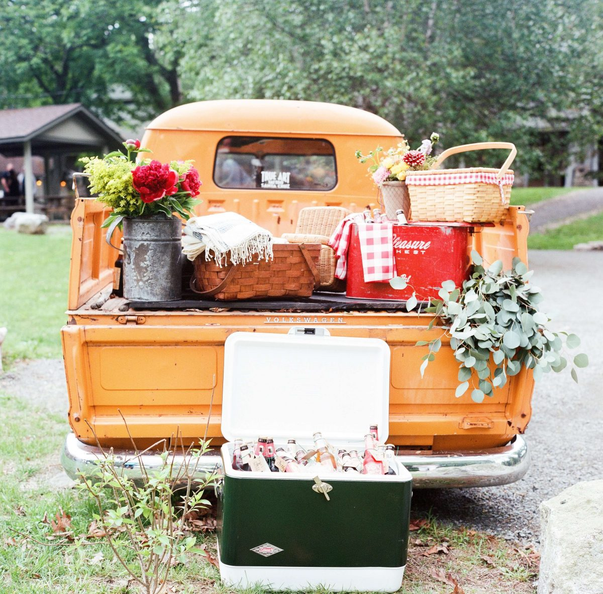 Shop Upstate NY Wedding Stephanie Karvellas Picnic Truck