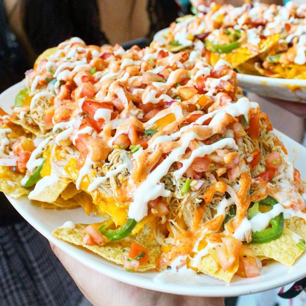 Curiosities Insider Interviews Wanderlust Girls Pinks Nachos