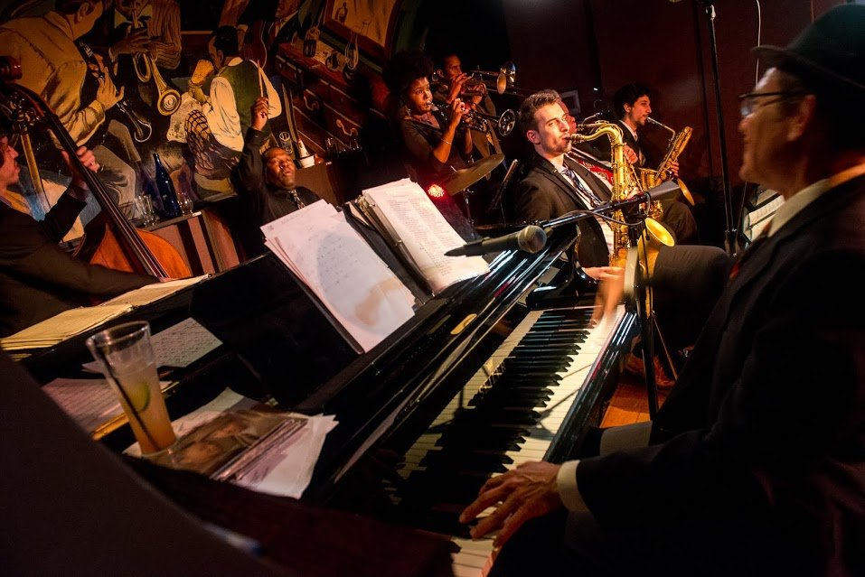 Nightlife Bars Jazz Spots Harlem Mintons Playhouse Band
