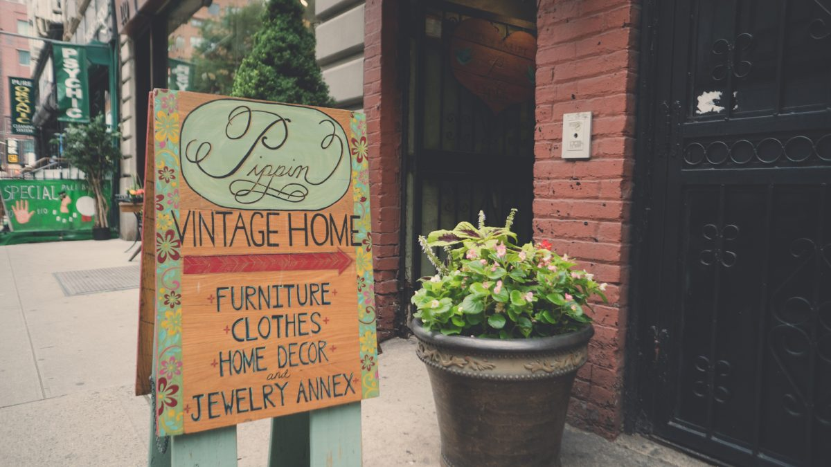 Shop Ladies and Gents Vintage Stores Pippin Vintage Home