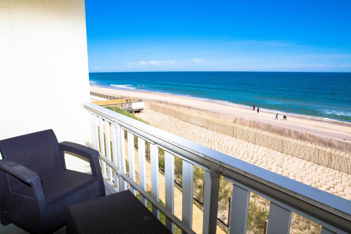 Day Trips and Travels Atlantic Terrace Montauk Balcony