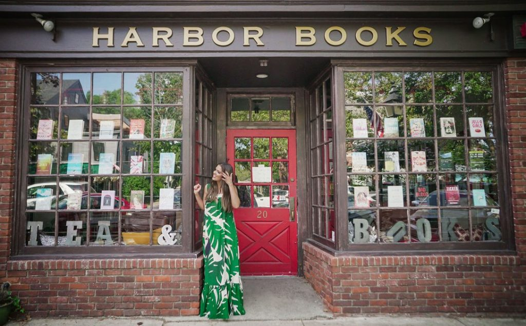 Day Trips and Travel Sag Harbor Main Street Fernanda Paronetto