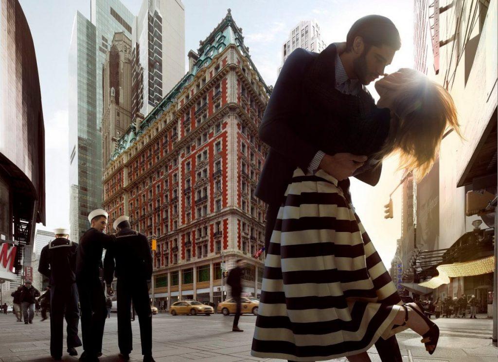 Hotels In New York Romantic The Knickerbocker Hotel Couple Kissing