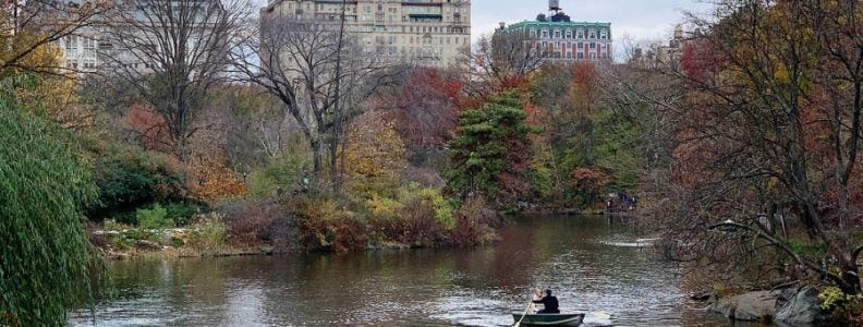 Curiosities Our Bucket Lists Fun Things To Do In NYC This Fall Central Park The Lake
